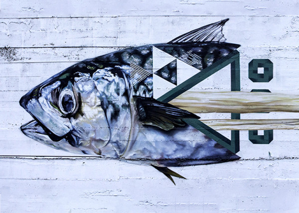 Graff by pinche en León. Fish and bones