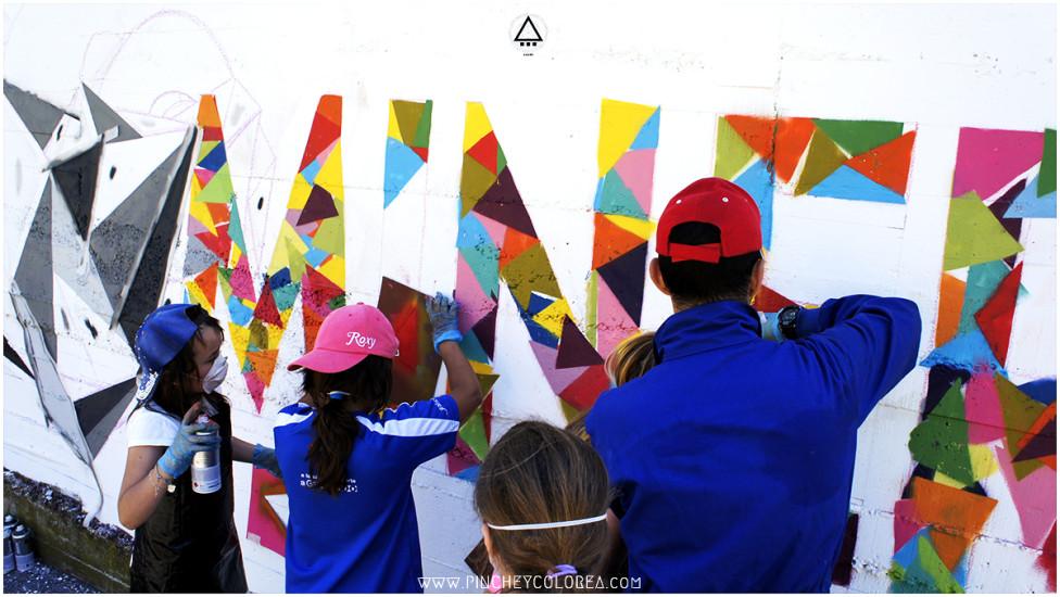 graffitero profesional impartiendo cursos de graffiti