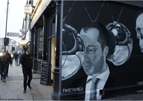 Graffiti realizado por Pinche en Camden Town